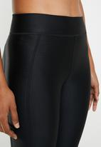 Under Armour - Amour capri leggings - black