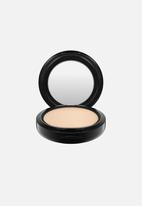 MAC - Studio fix powder plus foundation - nw18