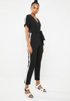 STYLE REPUBLIC - Contrast stripe jumpsuit - black