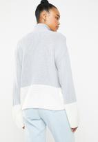 Missguided - Colour block high neck jumper - grey & cream