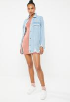Missguided - Ribbed long sleeve bodycon mini dress - pink