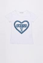 GUESS - Guess heart tee - white
