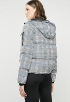 Brave Soul - All over check padded jacket with hood - blue