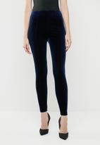 ONLY - Luxe velvet slim pants - blue