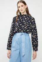 Superbalist - Frill neck blouse - floral