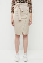STYLE REPUBLIC - Structured front button skirt - beige