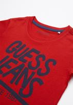 GUESS - Short sleeve Guess tee - red & navy
