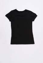 GUESS - Love triangle tee - black