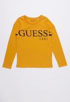 GUESS - Long sleeve classic varsity tee - mustard