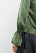 Superbalist - Deep V bell shirt - khaki