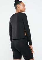 Superbalist - Side slit top - black