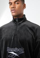 Reebok Classic - CL V Velour 1/2 zip - black