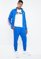 Nike - NSW hype Nike 2 tee - white