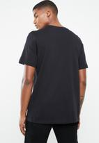 Nike - NSW tee remix 2 - black