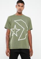 Converse - Tilted star chevron tee - green