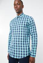 Pringle of Scotland - Bacchus tailored fit shirt - blue