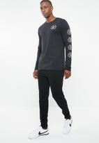 Nike - Nike  dry tee dfc long sleeve swoosh - black