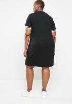 STYLE REPUBLIC PLUS - Athlete T-shirt dress - black