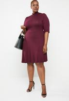 STYLE REPUBLIC PLUS - Turtle neck fit and flare dress - purple