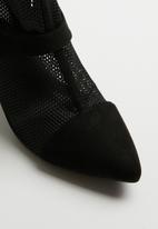Miss Black - Lee heel - black