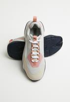 PUMA Select - Thunder rive gauche - peach beige-glacier gray
