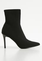 Steve Madden - Claire ankle boot - black