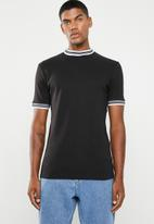 Only & Sons - Hugo rib tee - black & white
