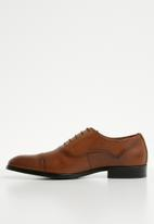 Steve Madden - Evans leather oxford - tan