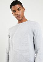Jack & Jones - Penditon crew neck knit - grey