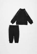 Adidas - Superstar ss tracksuit adidas - white & black