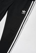adidas Originals - Superstar cc tracksuit - white & black
