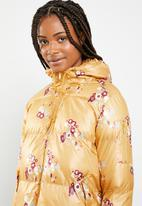 Brave Soul - All over floral padded jacket with hood - multi