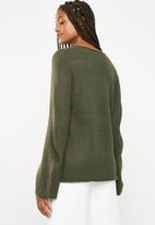 Brave Soul - Flared sleeve V-neck jersey - green