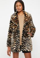 Missguided - Faux fur tiger coat - black & tan