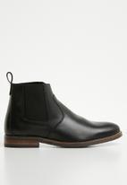 Superbalist - James leather chelsea boot - black