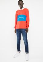 Only & Sons - Weldon long sleeve zip polo exp - red