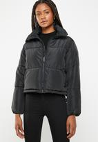 Brave Soul - Oversized cropped puffer jacket - black
