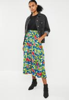 STYLE REPUBLIC - Fit and flare button down skirt - multi
