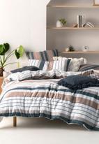 Linen House - Renny duvet cover set - navy