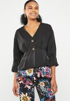 Vero Moda - Hanna button 3/4 top - black