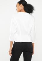 Vero Moda - Hanna button 3/4 top - white