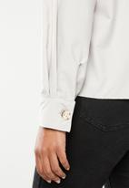 Superbalist - Structured shirt with puff sleeve - cream