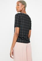 c(inch) - Contrast trim T-shirt - black & white