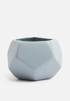 Grey Gardens - Hex mini vase - mid grey