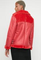 Missguided - Fur short ultimate aviator - red