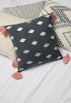 Sixth Floor - Almaz cushion cover - grey/pink