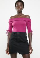 GUESS - Off shoulder enzo top - purple
