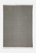 Sixth Floor - Macha rug - black