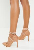 Miss Black - Strappy heel - neutral