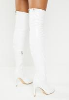 Miss Black - Over the knee  boot - white